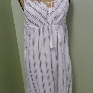 Cupcakes and Cashmere sundress S
